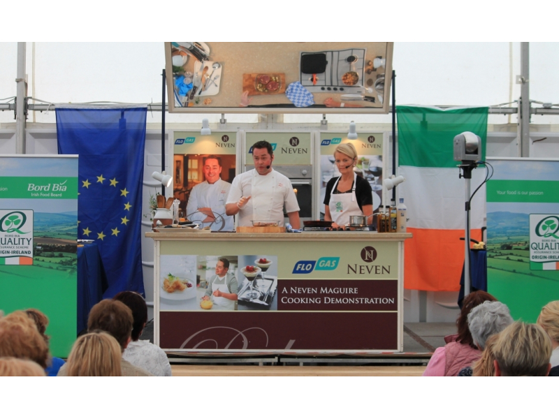 62-7.neven-mcguire-cookery-demonstration-2014-with-sheila-kelly-bord-bia.1200.0.0.0.t
