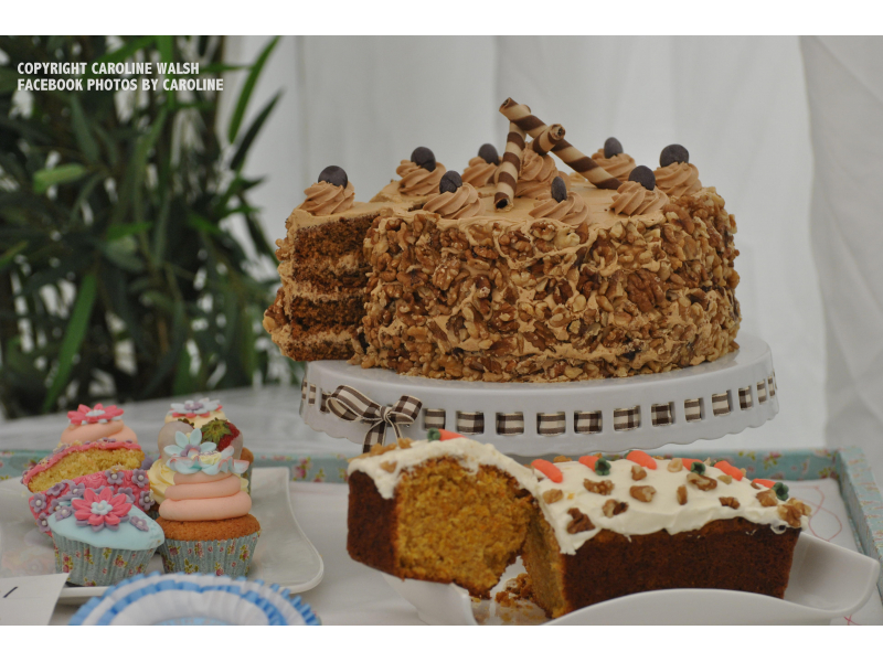 coffee-cake-and-carrott-cake